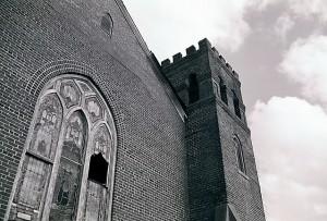 old-church-1057062-639x432